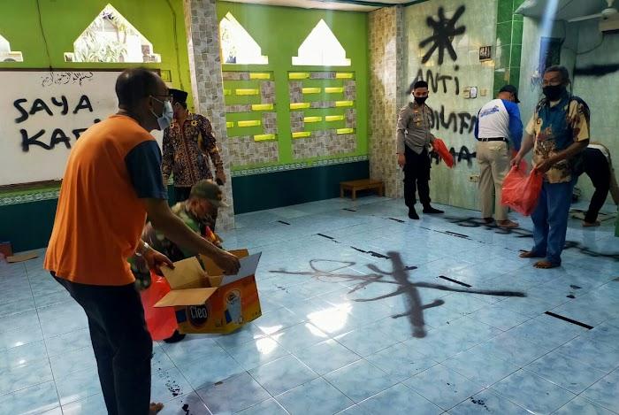 Polresta Tangerang Selidiki Pelaku Pencoretan Mushola di Pasar Kemis