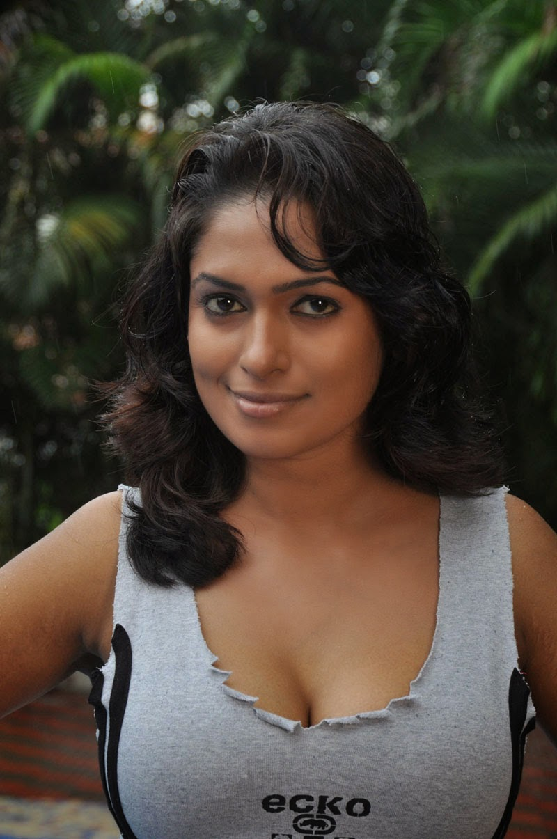 Anjali Sexy Pics