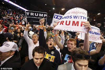protesters storm stage in donald trump chicago rally
