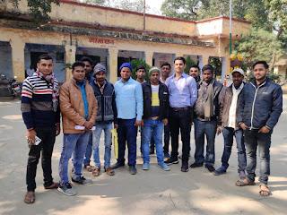 इलाहाबाद बैंक मोतिराजपुर एवं रामपुर शाखा के बैंक मित्रो ने सुरक्षा को लेकर प्रसासन से लगाई गुहार