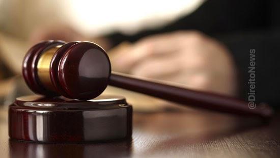tribunal justica afasta juiz cargo irregularidades