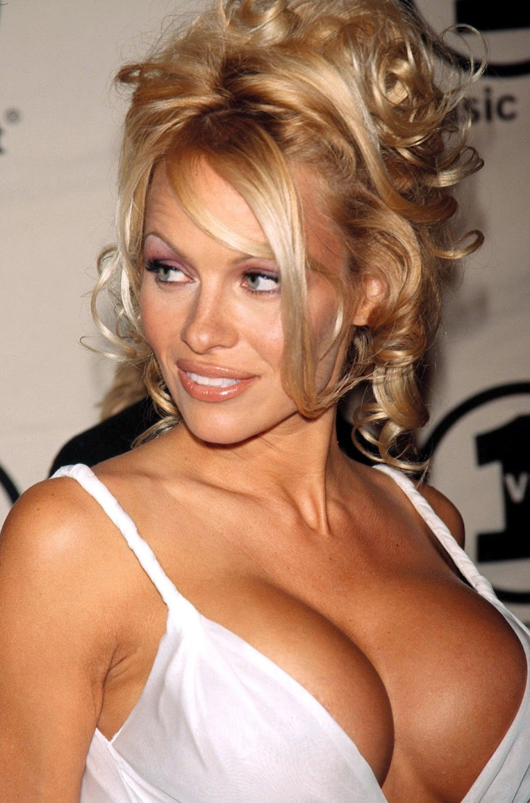 Unseen Girl Wallpaper Hollywood All Stars Pamela Anderson Hot Pictures In 2012