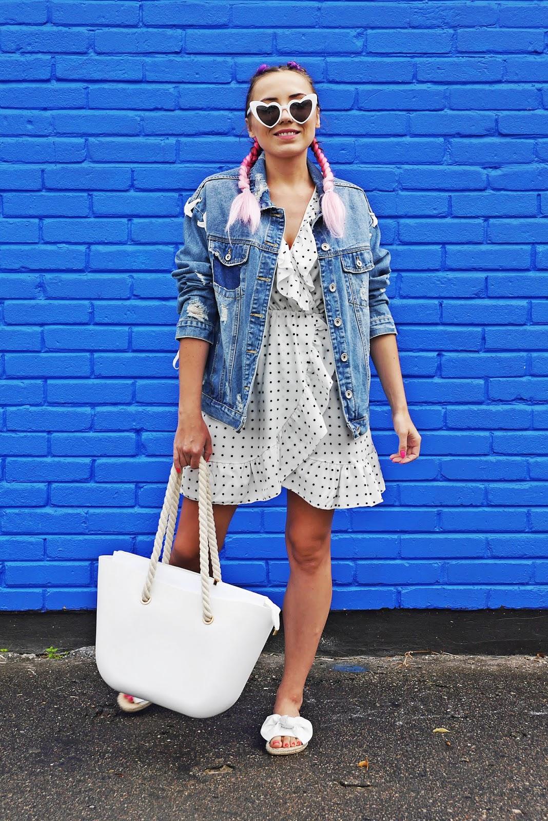 10_sukienka_w_kropki_jeansowa_kurtka_klapki_biale_renee_torebka_obag_karyn_blog_modowy_060818
