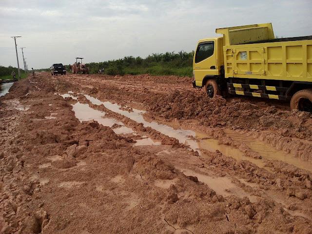 Pemkab OKI Segera Perbaiki Jalan Rusak Kayuagung-Sepucuk