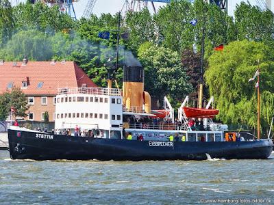 Dampf Eisbrecher Stettin Hamburg mit Passagieren