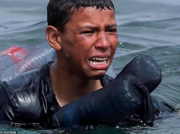 """القضاء الإسباني يحقق في عمليات إعادة القاصرين المغاربة ويبدأ بقضية الطفل """"أشرف"""""""