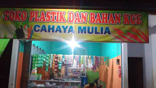 penjual plastik dan juga bahan bahan kue