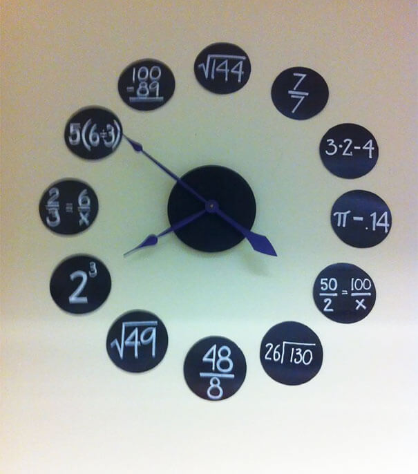 30 Extremely Intelligent School & University Ideas That Will Make You Jealous - Classroom Clock