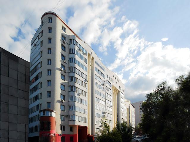 Фасад со стороны 12-ти этажной секции