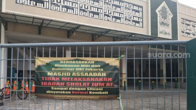 Ditiadakan karena PSBB, Kisah Warga Keliling Cari Masjid untuk Jumatan