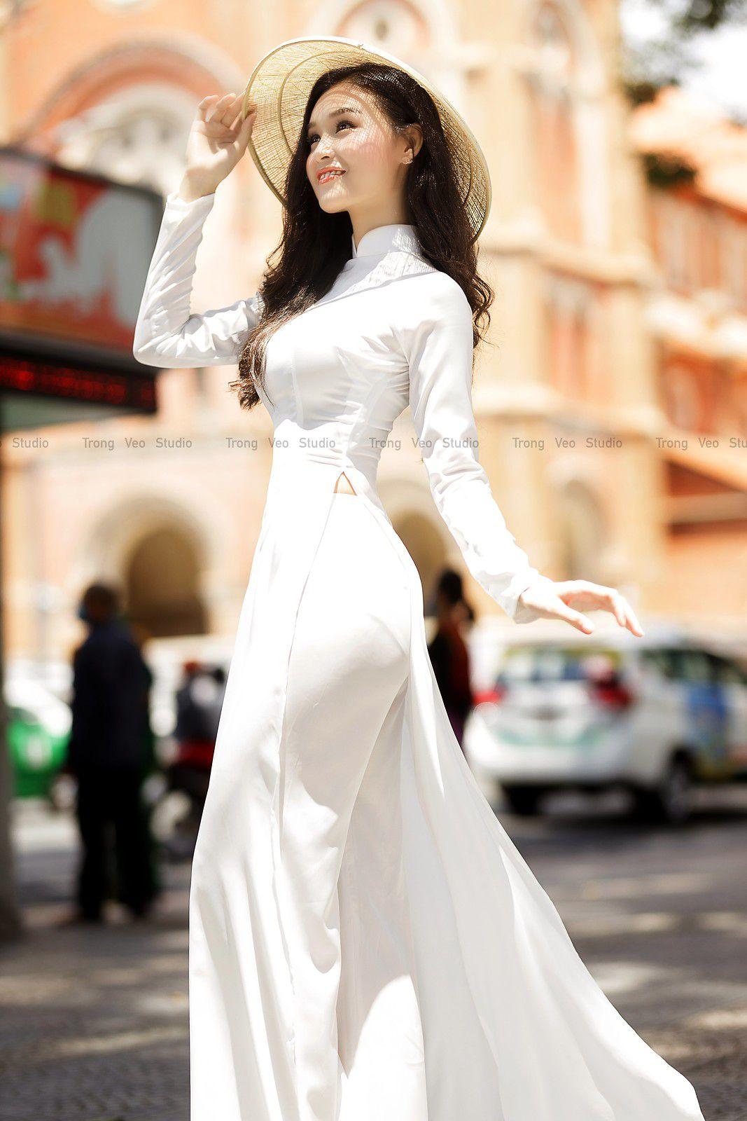 Ngắm bộ ảnh hoa khôi Phương Đoan đẹp hú hồn trong tà áo dài trắng thướt tha 6