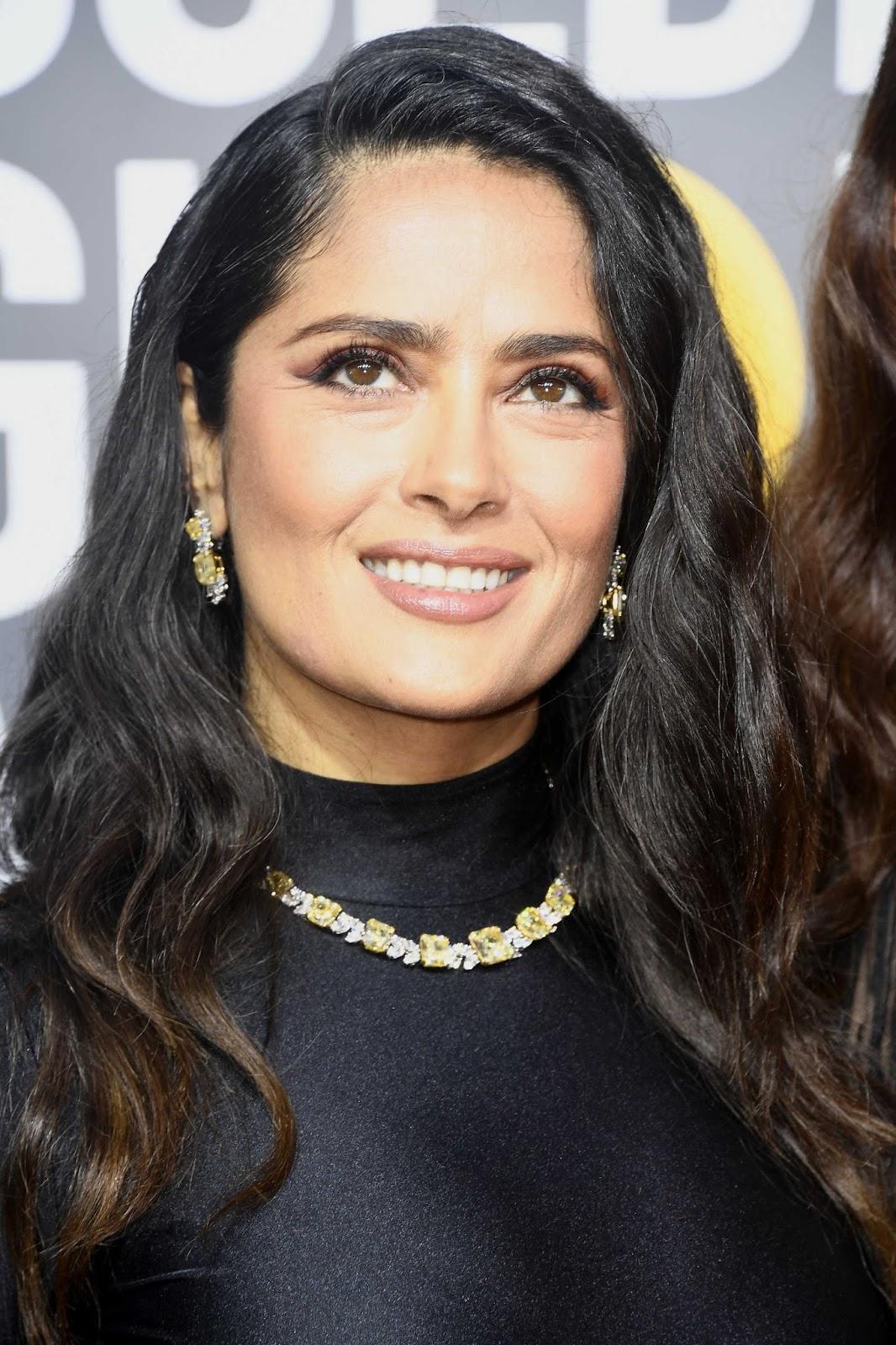 Salma Hayek Posing at the Golden Globe Awards 2018
