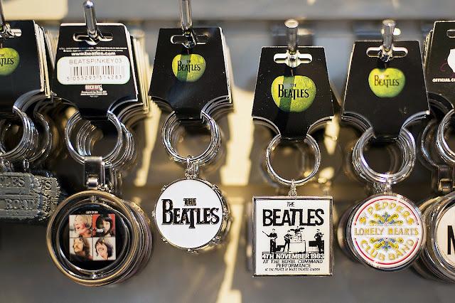 Apple Corp do ban nhạc huyền thoại The Beatles sáng lập vào năm 1968.