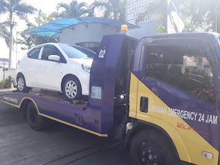 Pengiriman Mobil Menggunakan Towing Atau Yang Lebih Sering Disebut Dengan Derek Gendong Dari Jakarta Sampai Surabaya Jawa Timur.