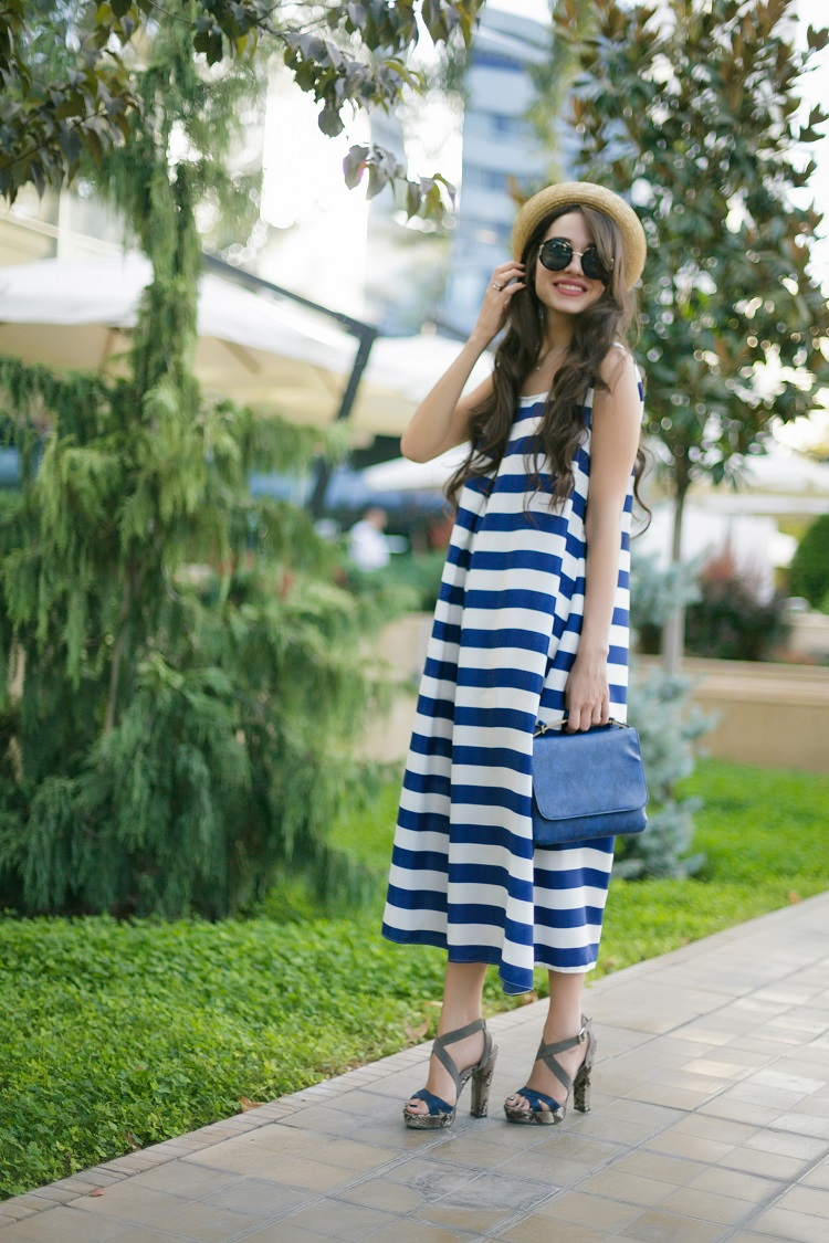 khalilova-diyora-fashion-blogger-striped-midi-dress-street-style-outfit