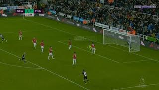 هدف فوز نيوكاسل علي مانشستر يونايتد (1-0) الدوري الانجليزي
