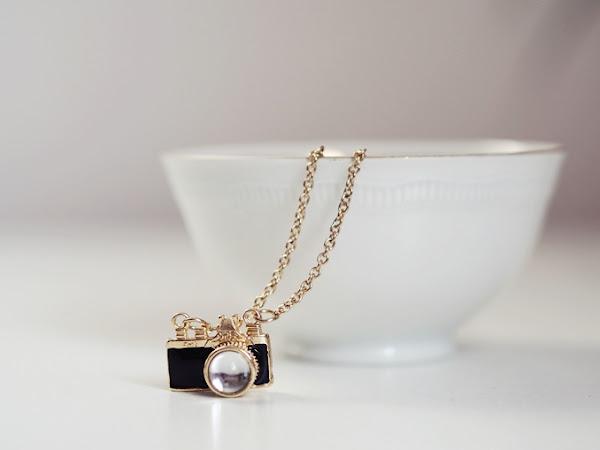 154. Biżuteria i dodatki (nie tylko) dla miłośników fotografii.