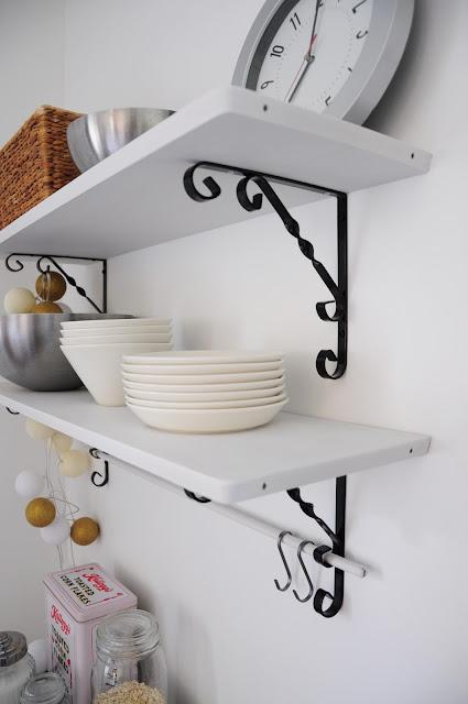 simola keittiö avohyllyt