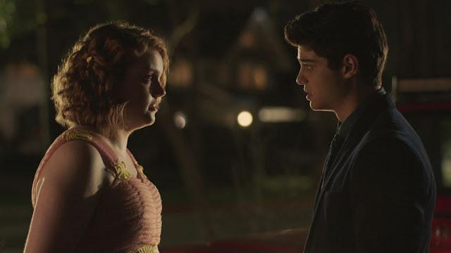 Shannon-Purser-e-Noah-Centineo-filme-Sierra-Burgess-is-a-Loser