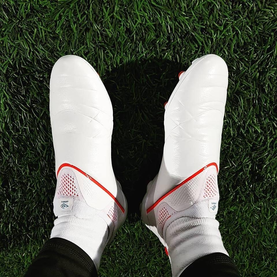 49603a9ac431e Adidas Copa 19+ Rival - White Laceless Umbro Medusae 3 Elite Leather Boots   Leaked