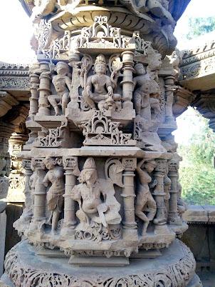 एक मंदिर जहाँ कदम रखते ही लोग पत्थर के बन जाते है । A Temple Where People Step into Stone