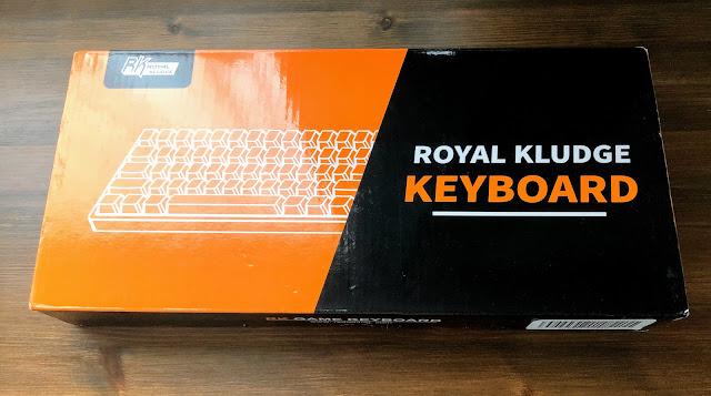 Royal Kludgeのキーボードの外箱