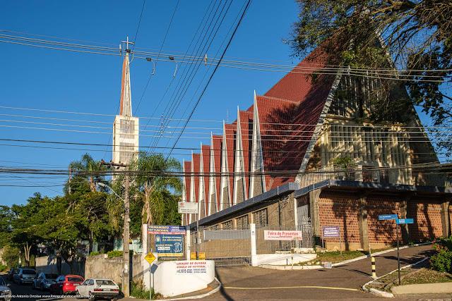 Igreja Nossa Senhora Medianeira de Todas as Graças, em Curitiba