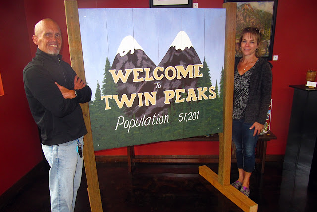 Twin Peaks... still as strange as ever...