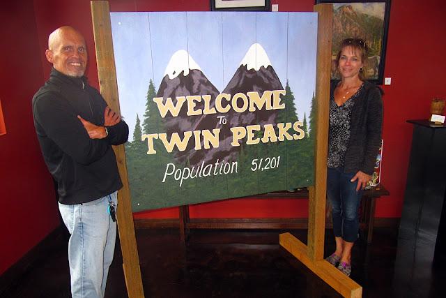 Twin Peaks... still as strange as ever...