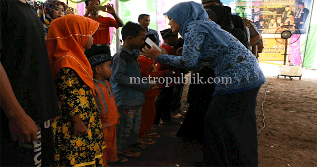 Peringati Hari Besar Islam, Mbak Nunik Santuni Anak Yatim