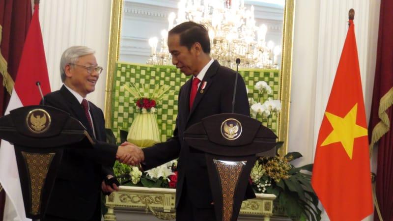 Singgung Dugaan Peran Rezim Jokowi, Syafril Sofyan: Pegiat Komunisme Bisa Dipenjara hingga 20 Tahun!
