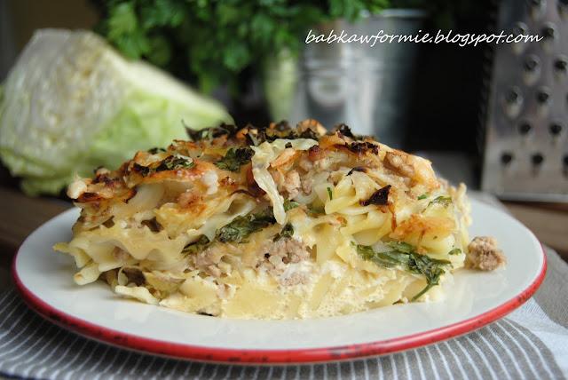 zapiekanka makaronowa z mielonym mięsem i kapustą na obiad babkawformie.blogspot.com