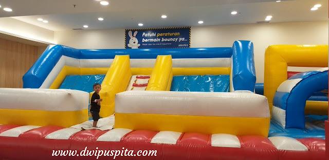 Bouncy Miniapolis pakuwon mall surabaya