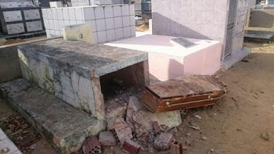 Criminosos violam túmulo e roubam crânio de cadáver no cemitério em Garanhuns