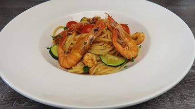 Špageti s Tikvicama i Kozicama   Zucchini and Prawn Spaghetti