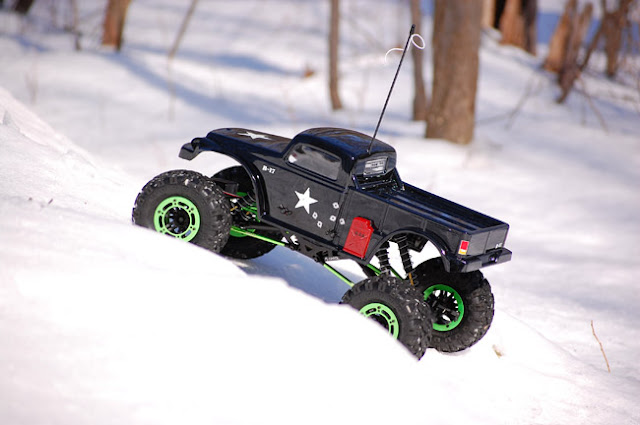 Axial AX10 Scorpion snow