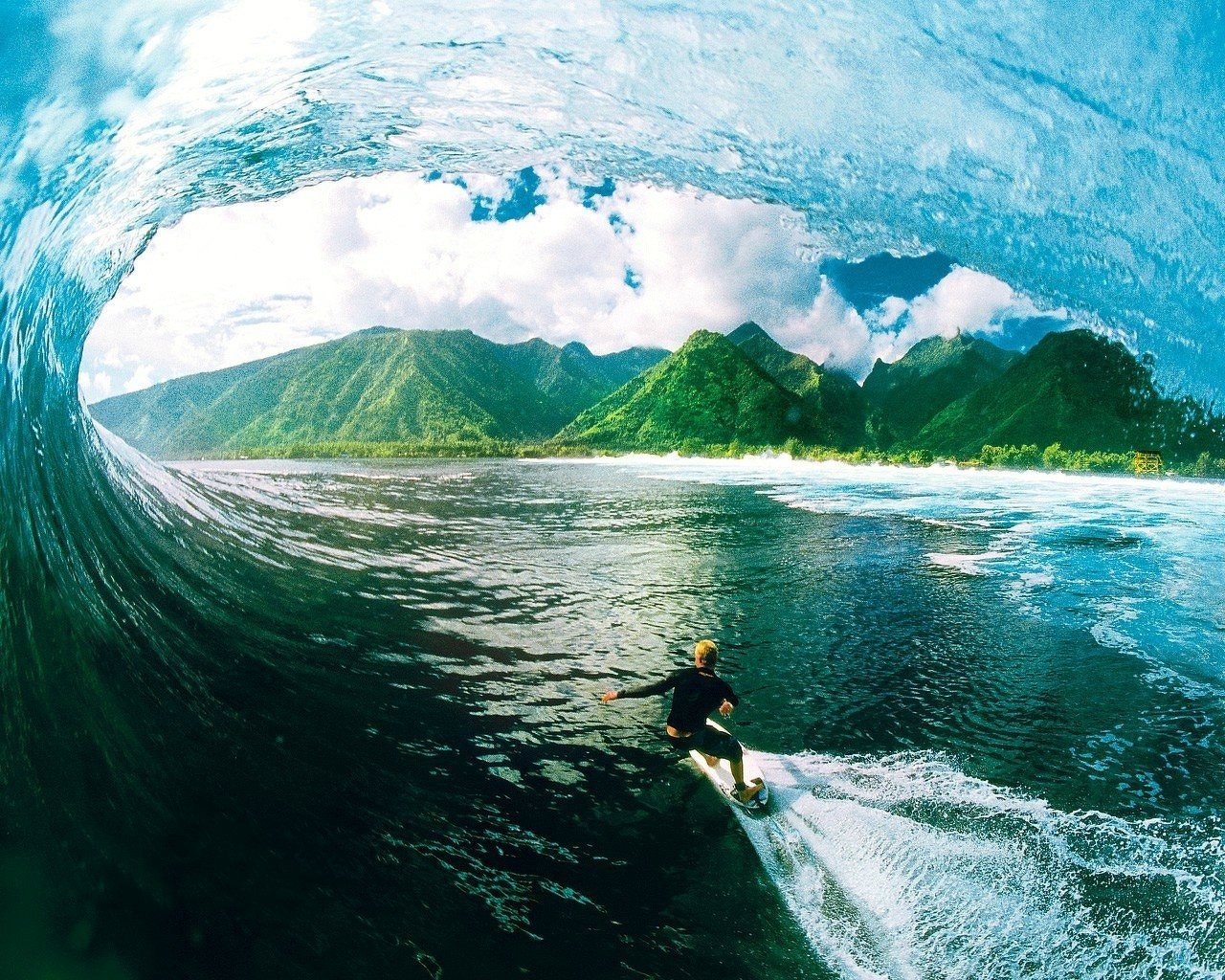 14 Cool Surfing Wallpapers | Surf Pictures and Videos