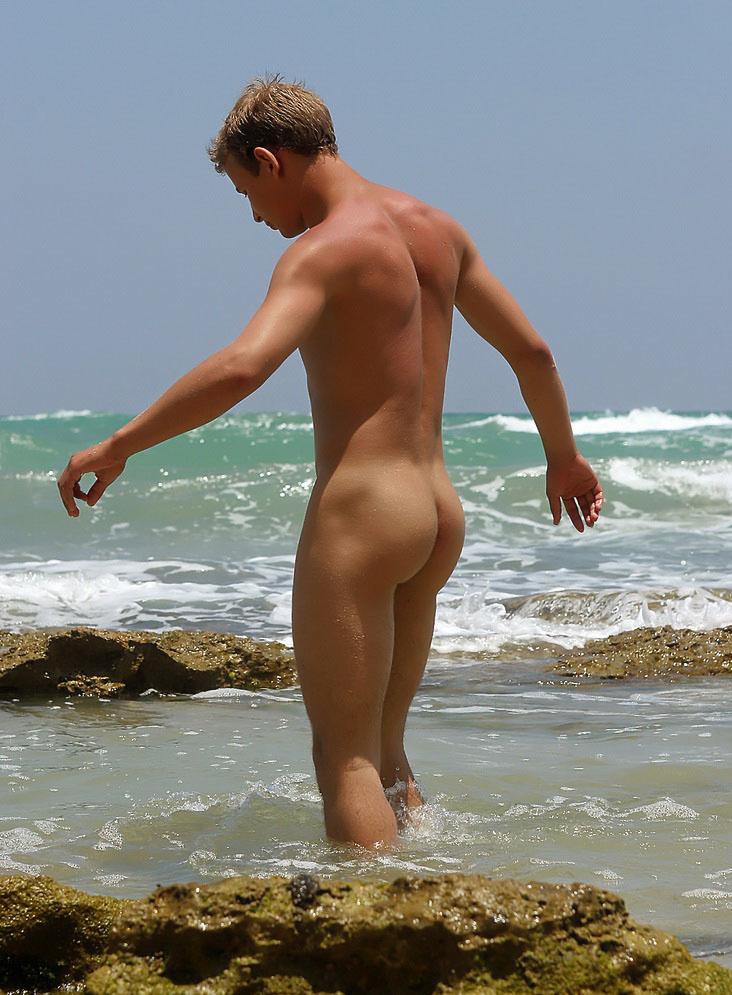 nudist-beach-boys-mexico-naked