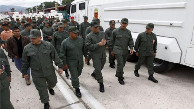 SITUACIÓN DIFÍCIL DEL GOBIERNO Y DE MADURO