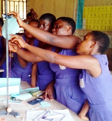 Axim All-Girls HS Science Class