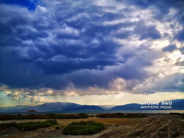 Συννεφιά με πιθανότητα βροχής στην Αργολίδα - Πρόγνωση για την Δευτέρα