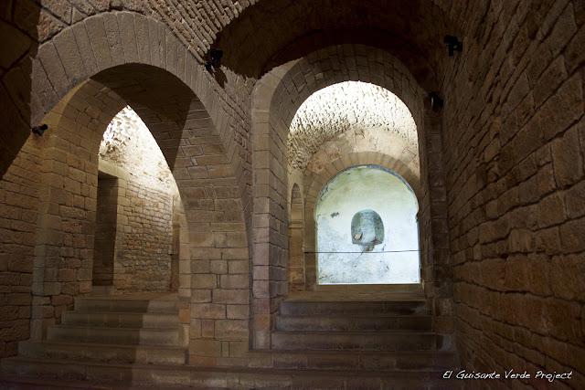 Monasterio de San Juan de la Peña, iglesia mozárabe, por El Guisante Verde Project