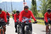 ODSK Fun Bike Skaligus Penebaran Benih Ikan di Danau Tondano