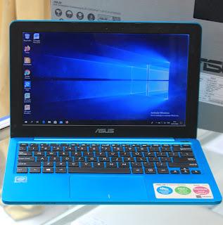 Laptop ASUS E202S Celeron N3060 Fullset di Malang