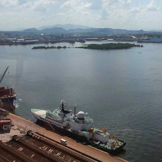 O 'Yantar' no porto do Rio