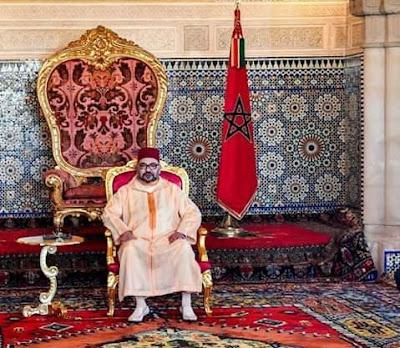 أمير المؤمنين صاحب الجلالة الملك محمد السادس نصره الله يعطي