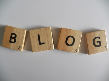 why to become a blogger