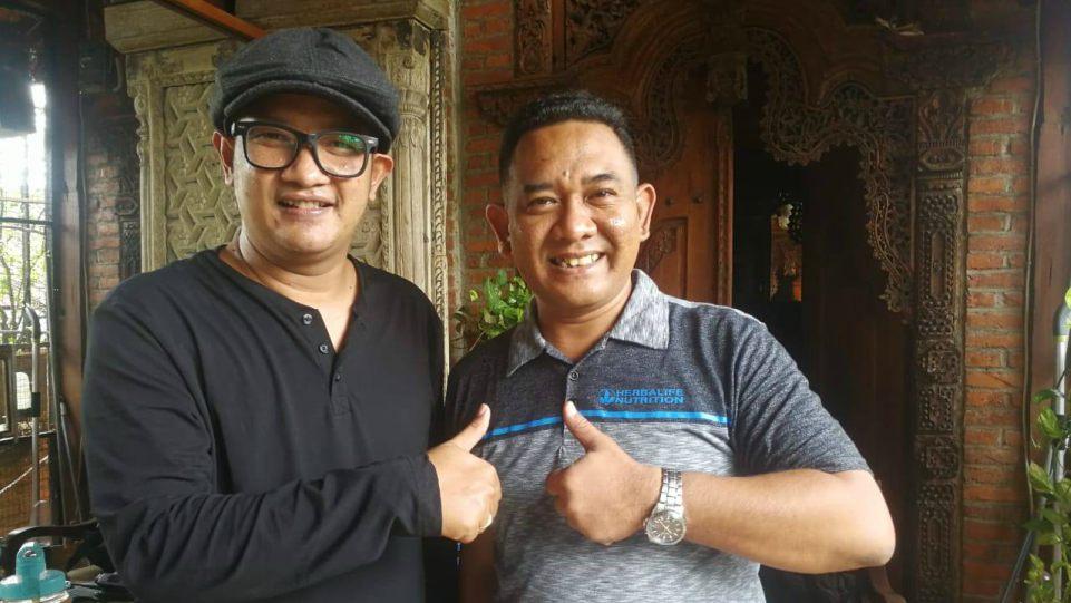 Rully Aryanto dan AM. Kuncoro, para pendiri label musik Prima Founder Record. (Dok. Istimewa)