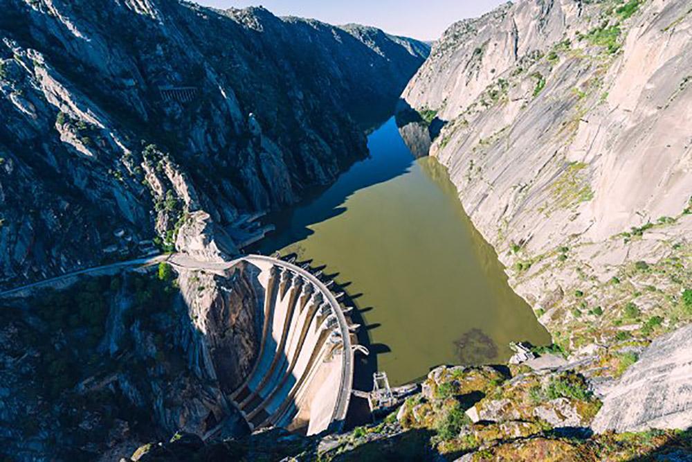Плотина Саусель в Дору, Португалия