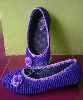 Sepatu Ungu